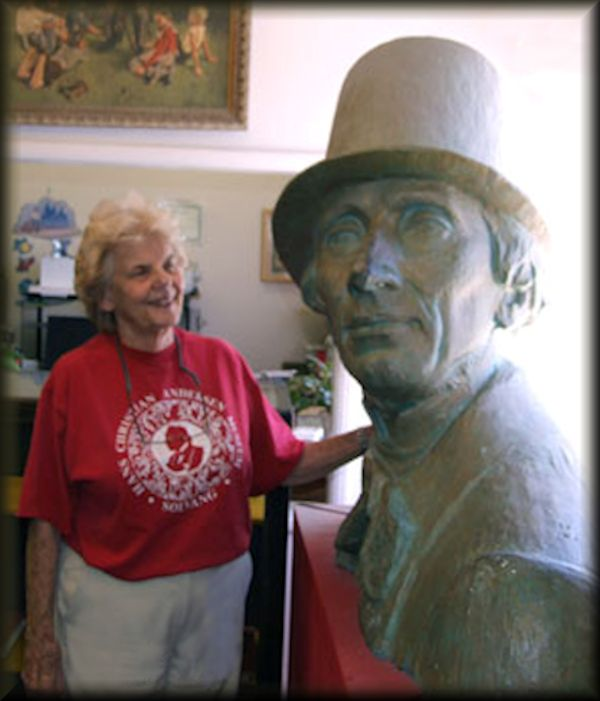 Kathy Redd Mullins & The Man in the Hat
