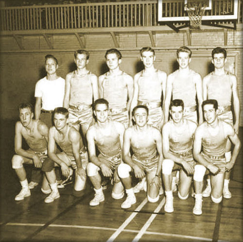 <b>The 1949 State Basketball Champion Team & Coach